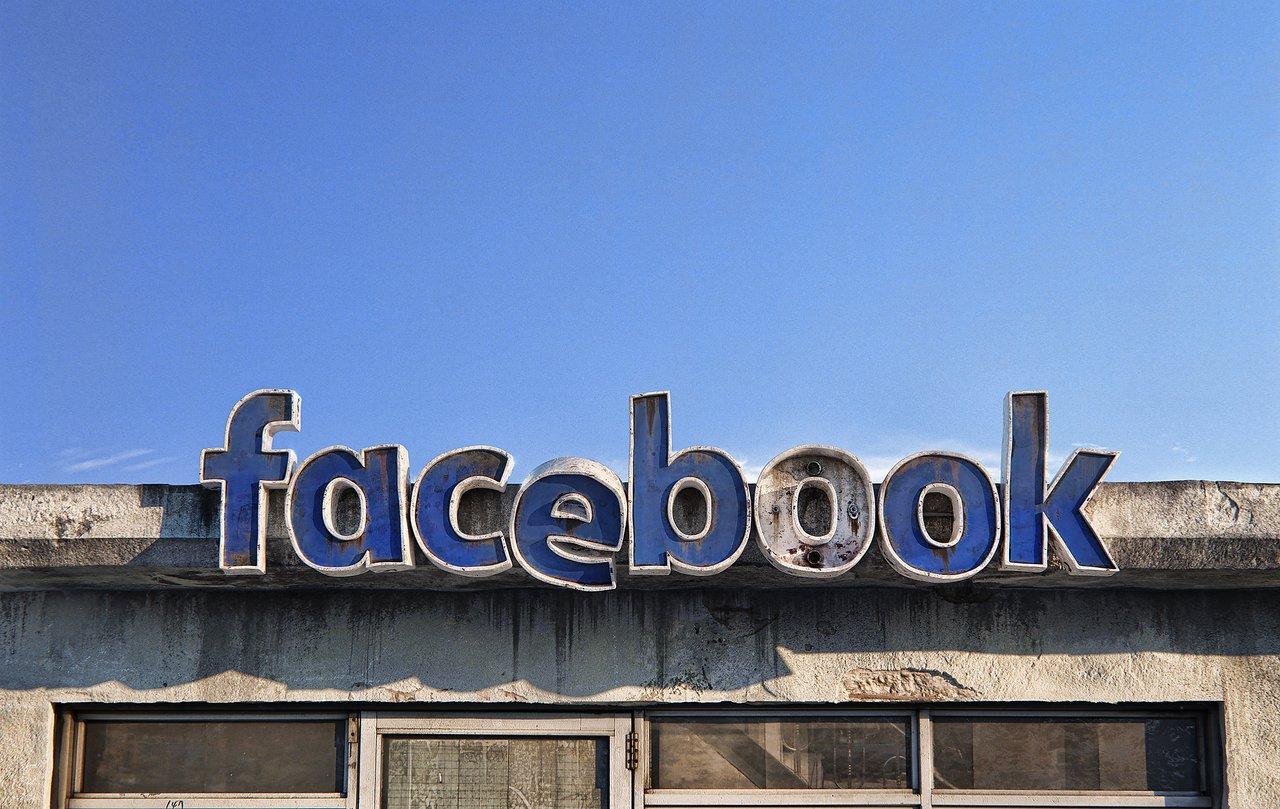 Facebook social decay