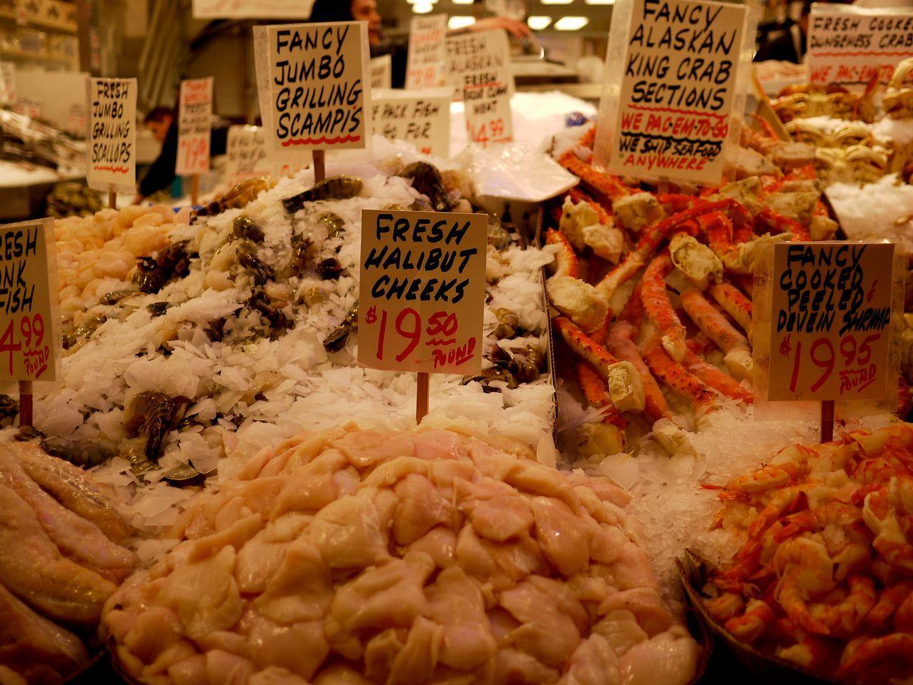 Public farmers market