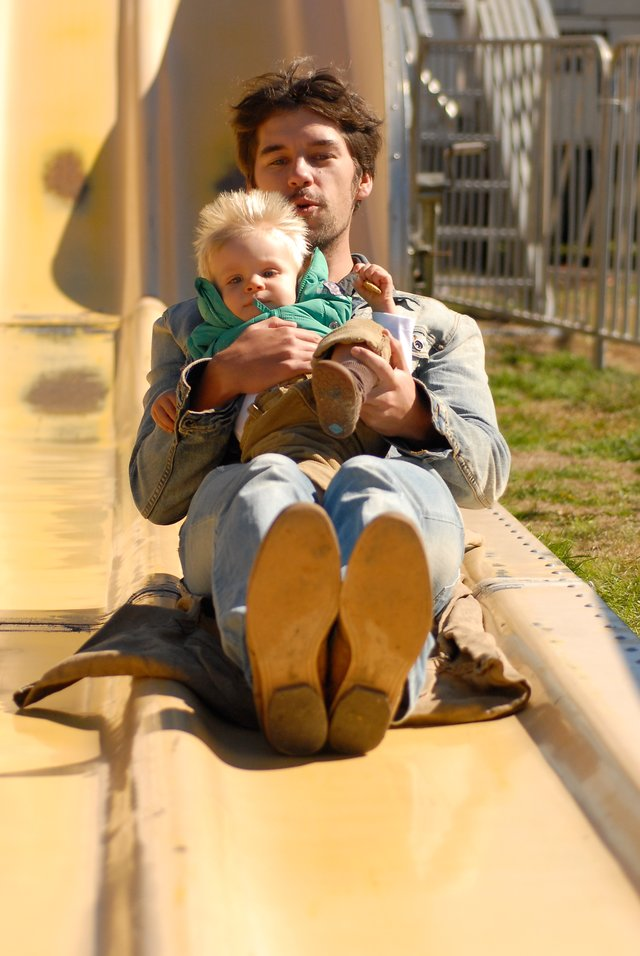 Slide men